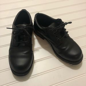 EUC Boys George Dress Shoes Size 4 Black